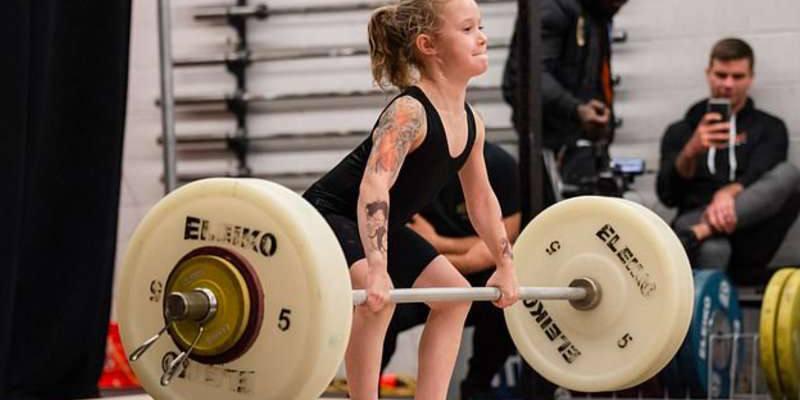 Rory van Ulft ha 7 anni e riesce a sollevare 80kg